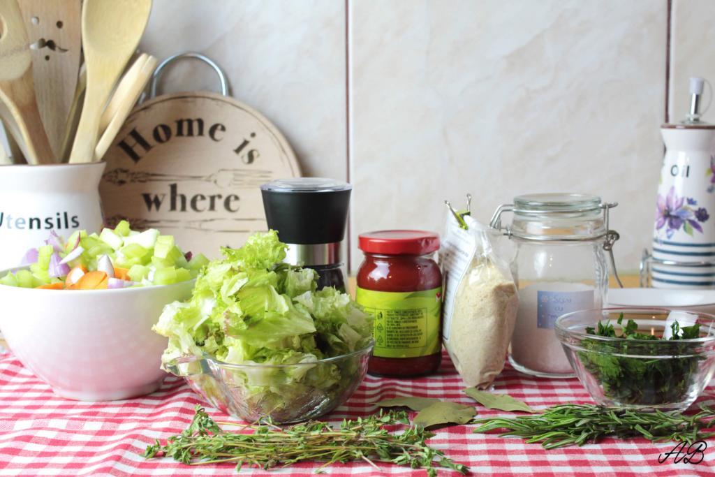 Supa de legume vegetable broth ingrediente