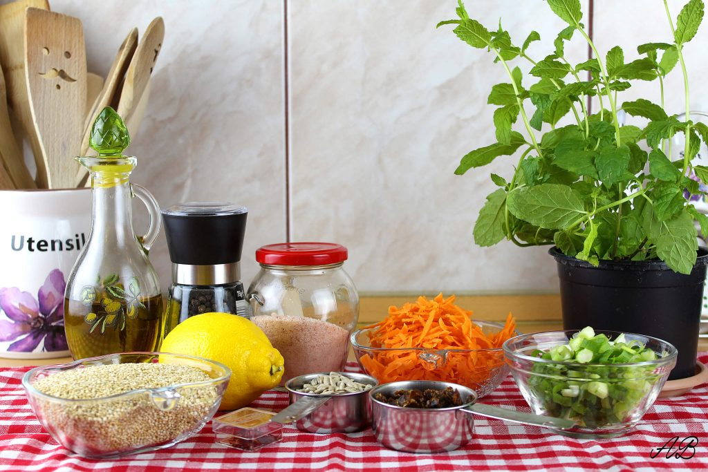 Salata de quinoa cu sofran ingrediente
